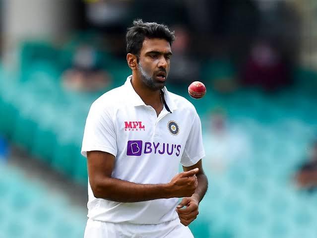 सबसे ज्यादा टेस्ट विकेट भारत की तरफ से
