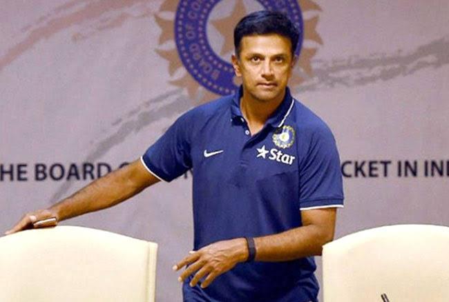 श्रीलंका दौरे के लिए भारतीय टीम, कोच राहुक द्रविड़